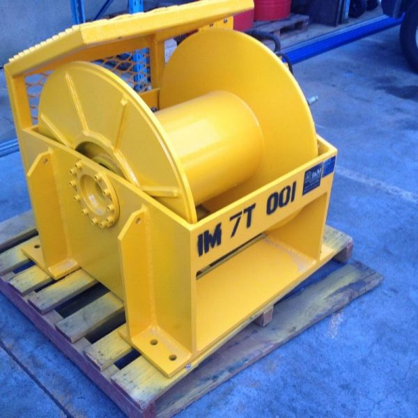 7 Tonne Hydraulic Winch For Hire - I and M Solutions