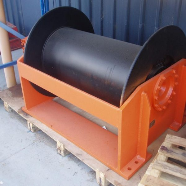 8 Tonne Hydraulic Winch For Hire - I and M Solutions