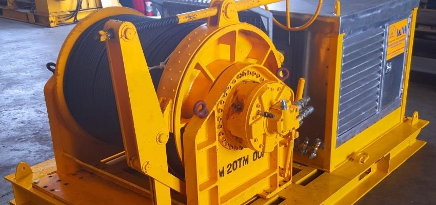 Cable Hauling Winches For Hire